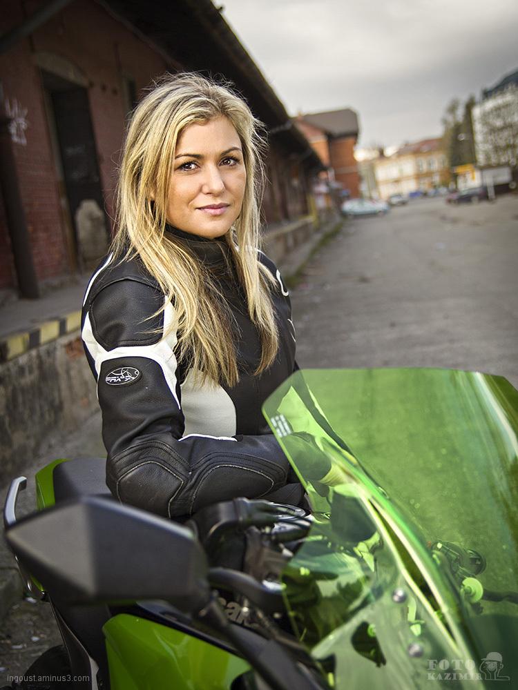 Motorbike Lucy 2
