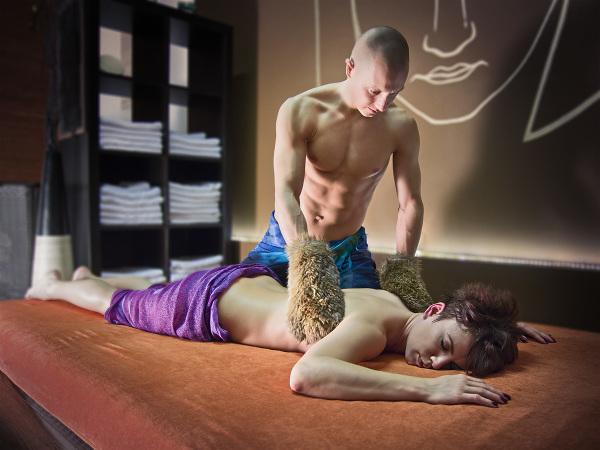 Tantric massage 02