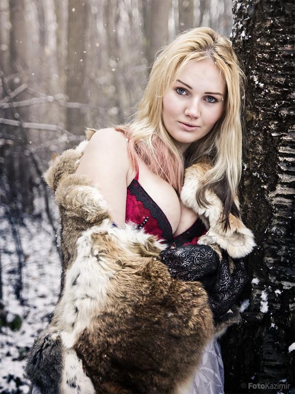 Nikol - Winter 03