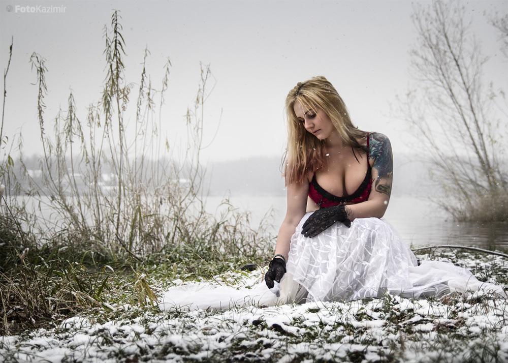 Nikol - Winter 04