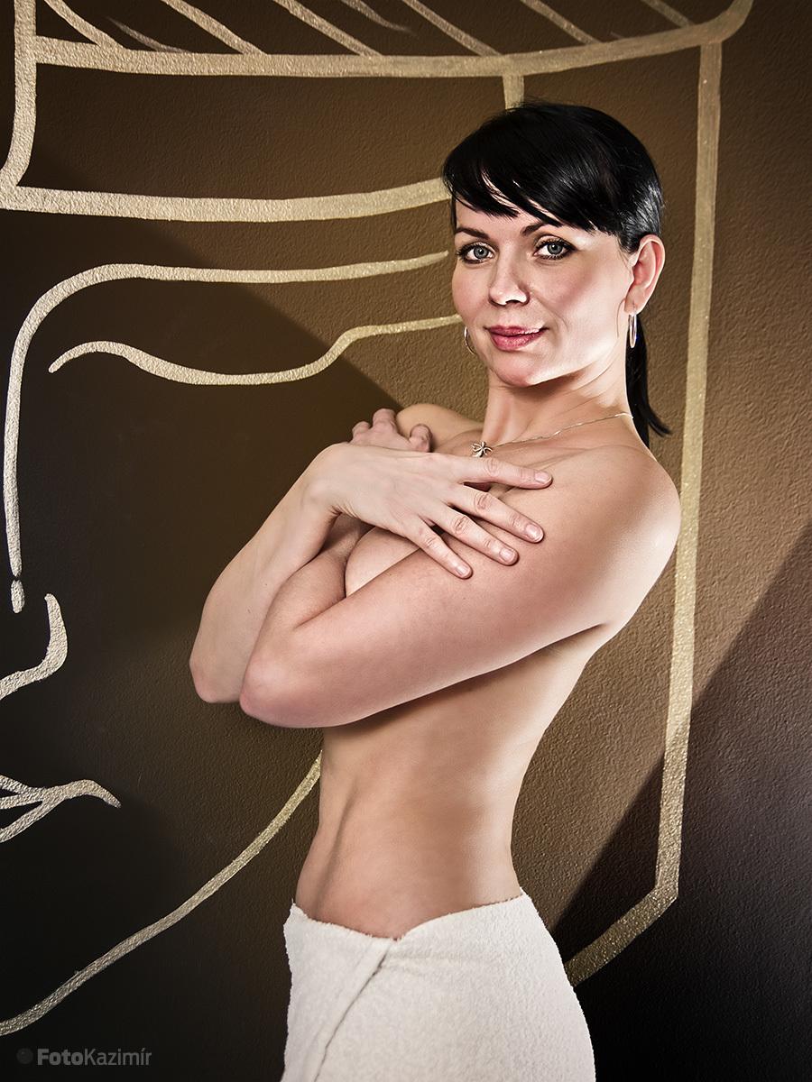 Julka - masseuse 01