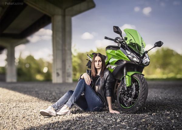 Bike girl 06