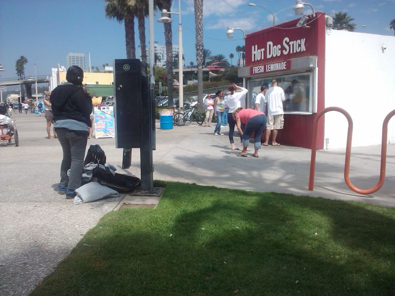 payphone santa monica boardwalk