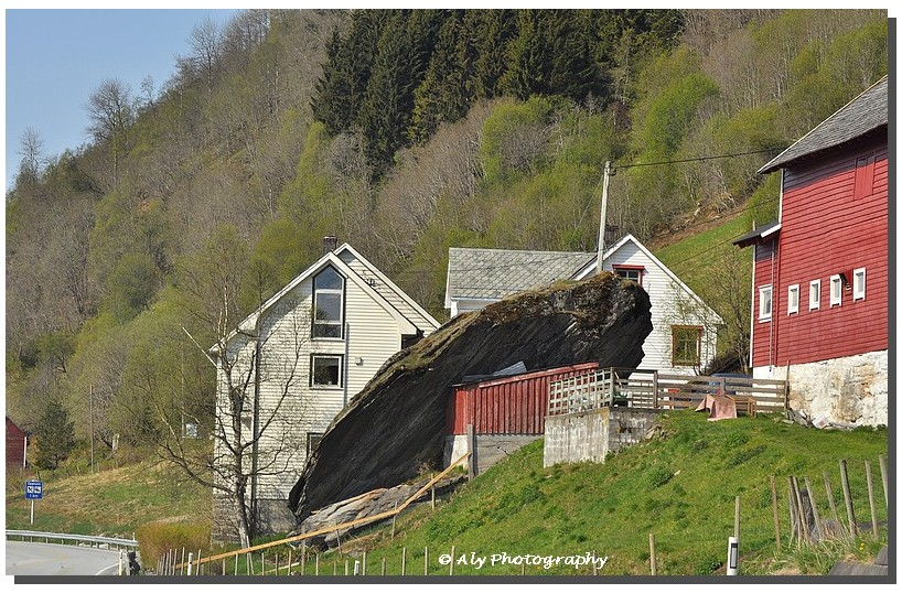 norway.rock, roof