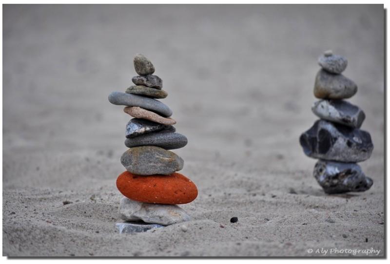 Strand ,stenen, stapelen,nikon D5000