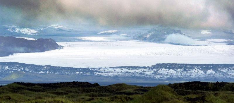 Ciel, nuages et glacier