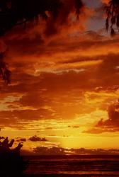 Coucher de soleil à l'Etang salé