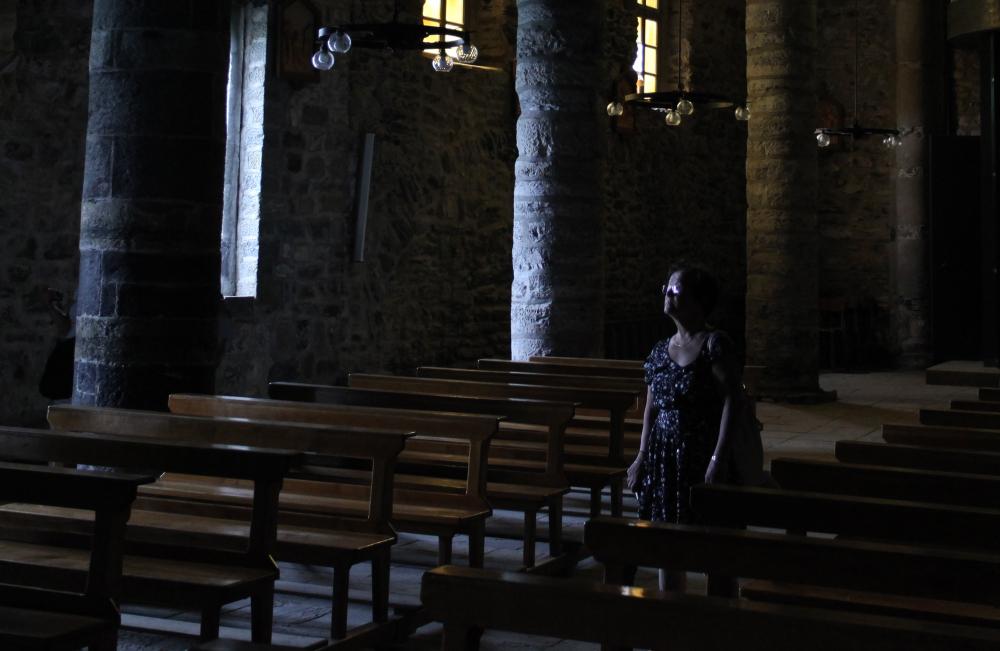 Dans le calme de la chapelle