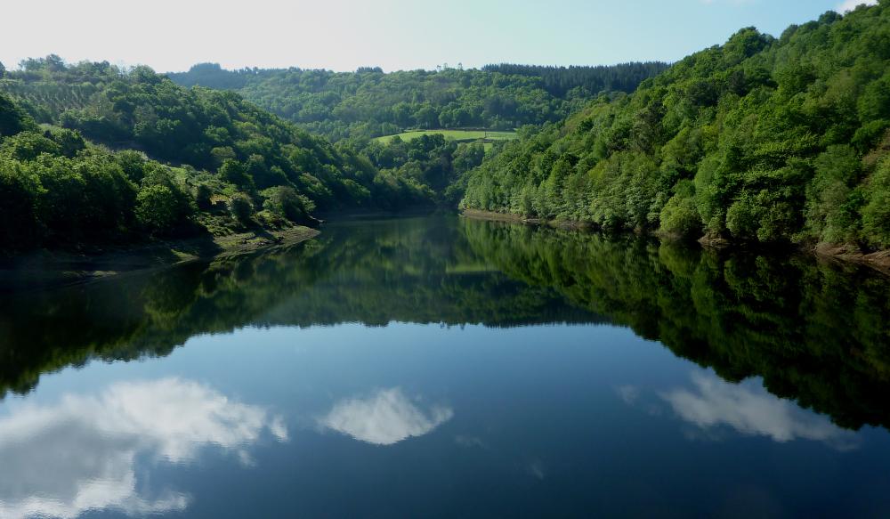 Le lac au miroir