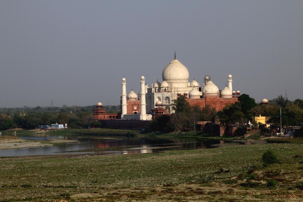 Le Taj Mahal vu depuis Fort Rouge