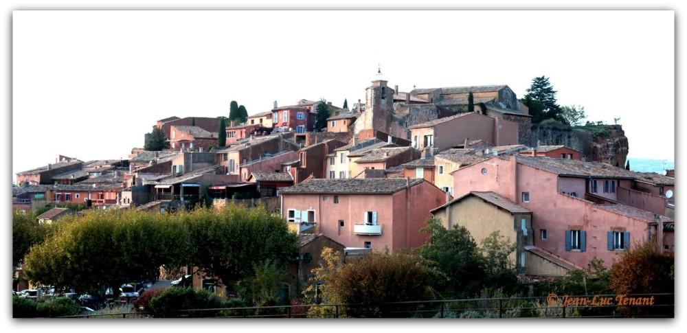 Roussillon, pays de l'ocre