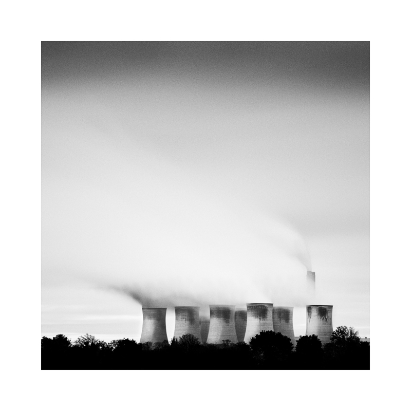 A Black & white image of Eggbroough power station