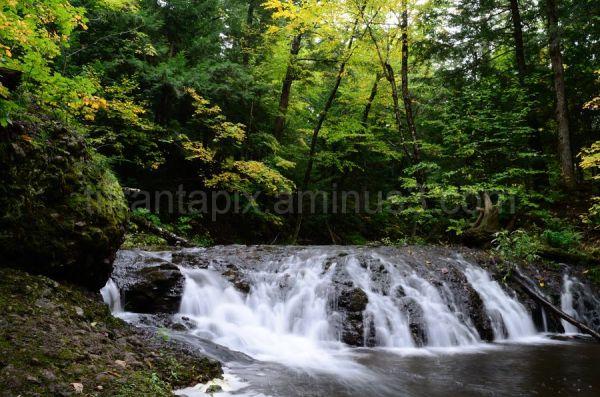 Greenstone Falls, Porkies