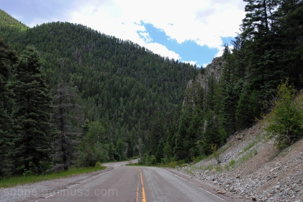 Highway to Taos Ski Valley