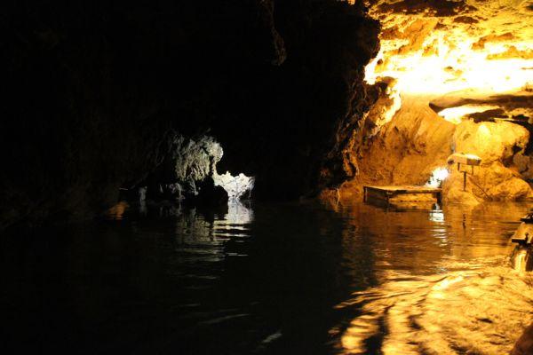 Alisadr Cave-1