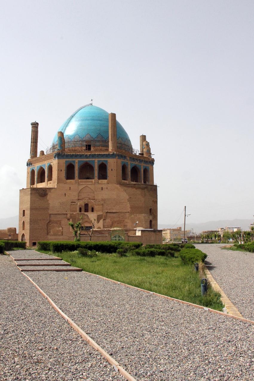 Gonbad Soltanieh - Zanjan -2