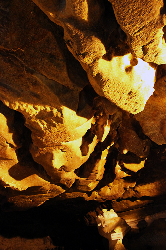 Cave - bring the light under the ground- 4