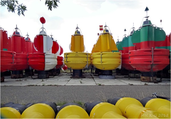 Water buoys