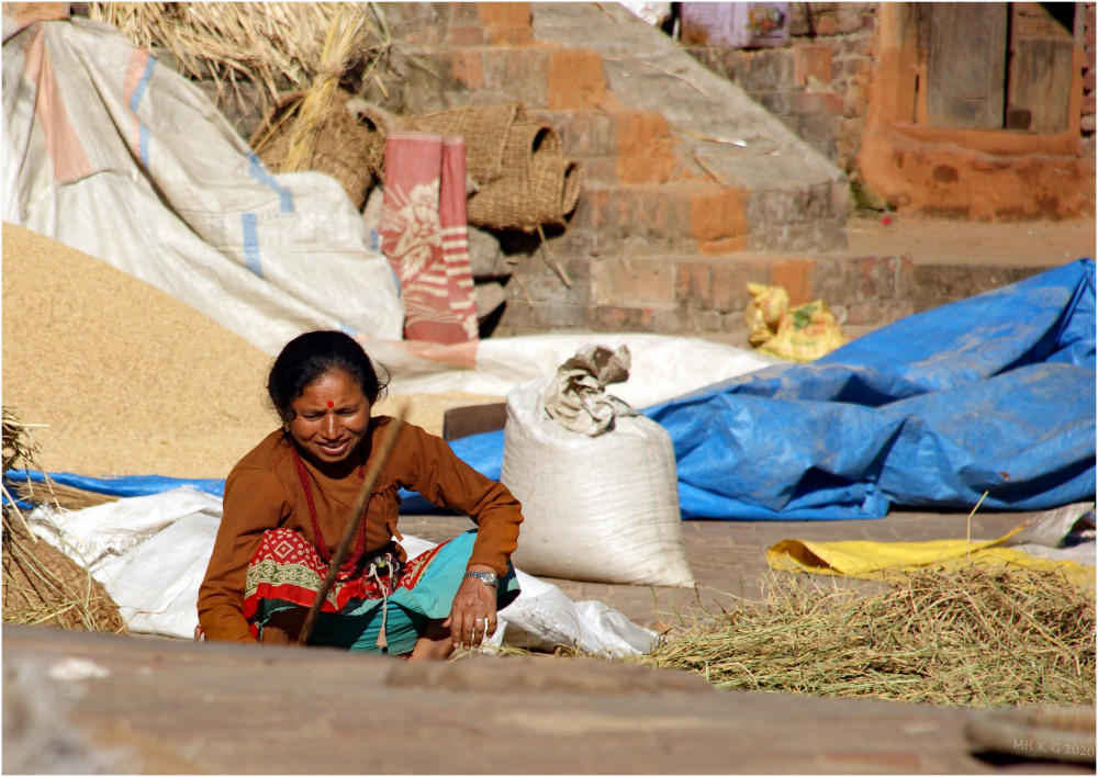 Nepalese woman (archive : 10)