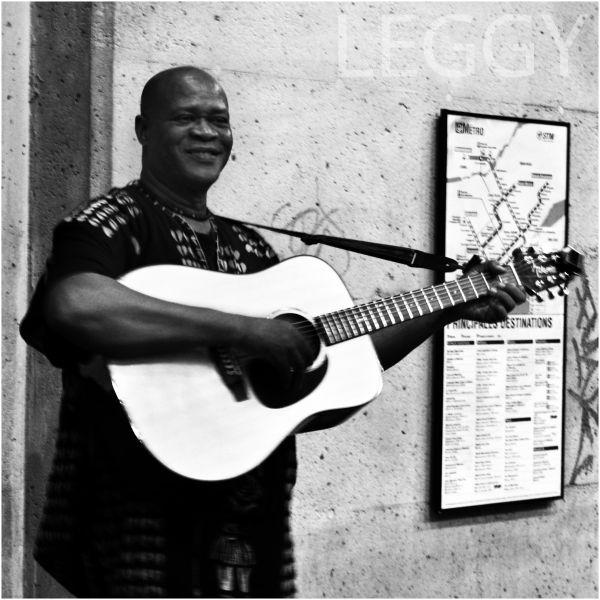 Tito Marechal, Leggy, Guitar, Singer