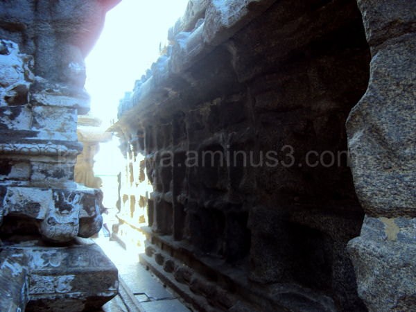 Courtyard, Shore Temple, Mammalapuram