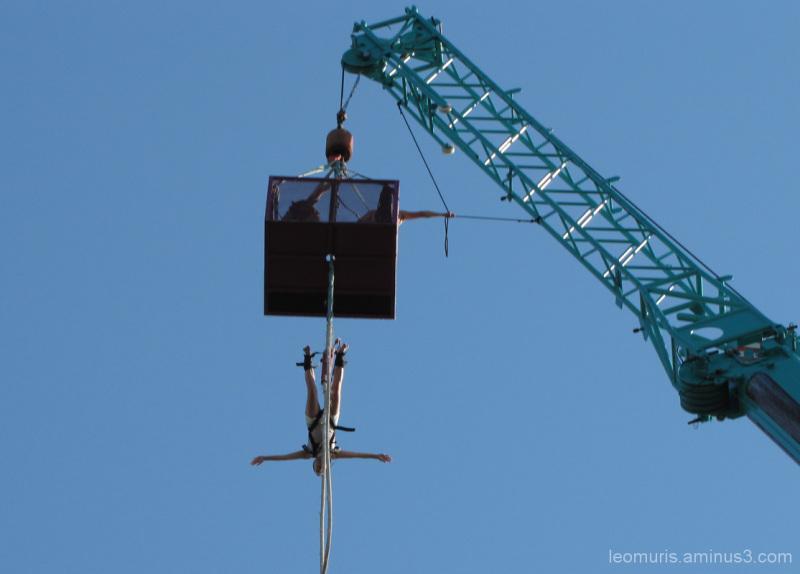 Benjihyppy - Bungee-jumping.