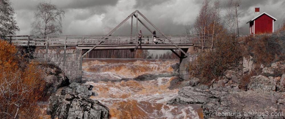 Vanha silta - Old bridge
