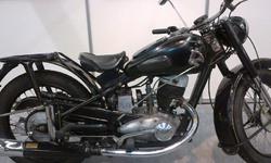 Moottoripyörä - motorcycle