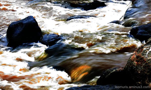 Juokseva vesi -Running water