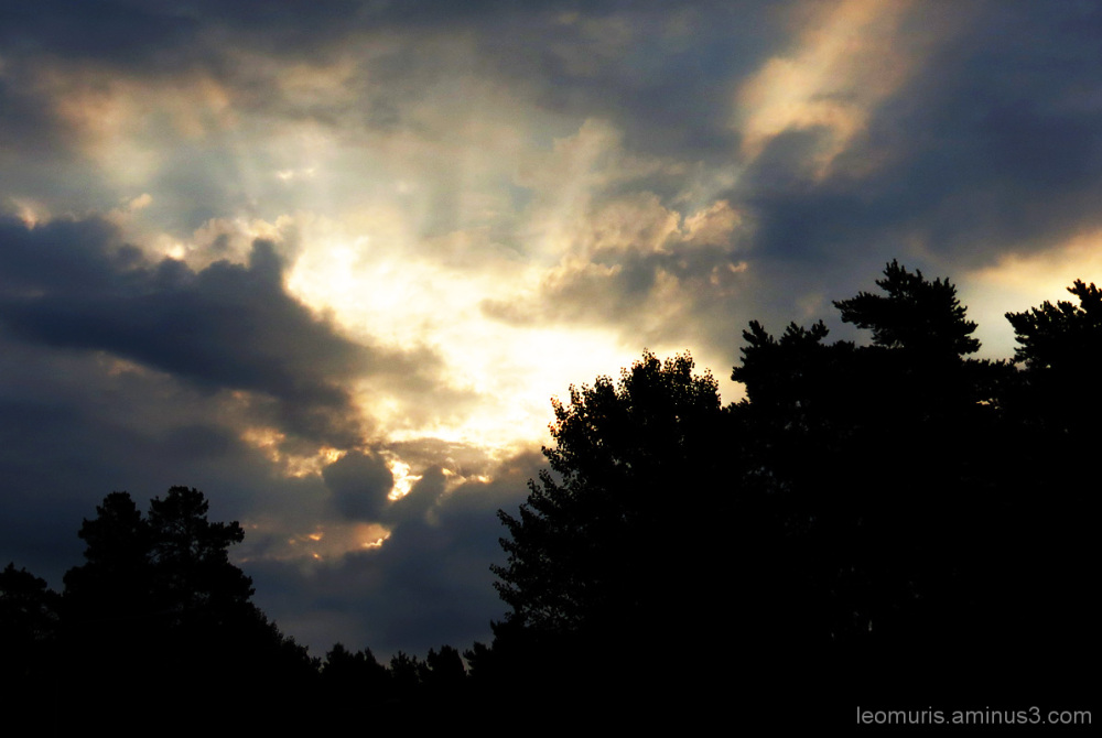 Pilvet ja valo - Clouds and light