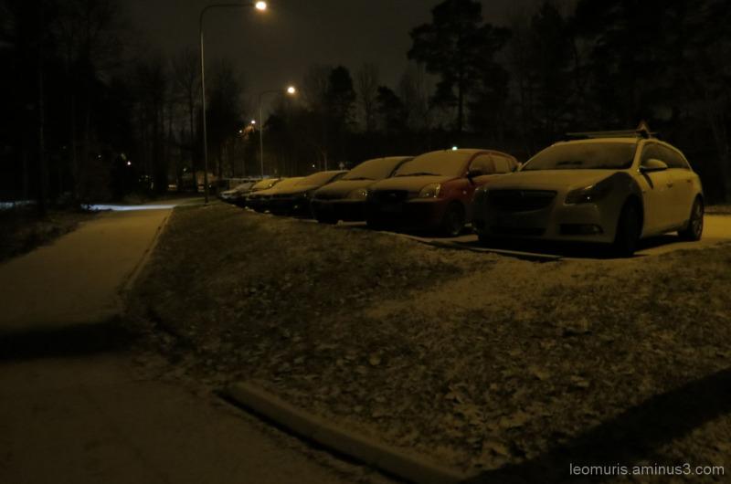 Luminen katu - Snowy street