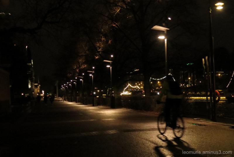 dark promenade