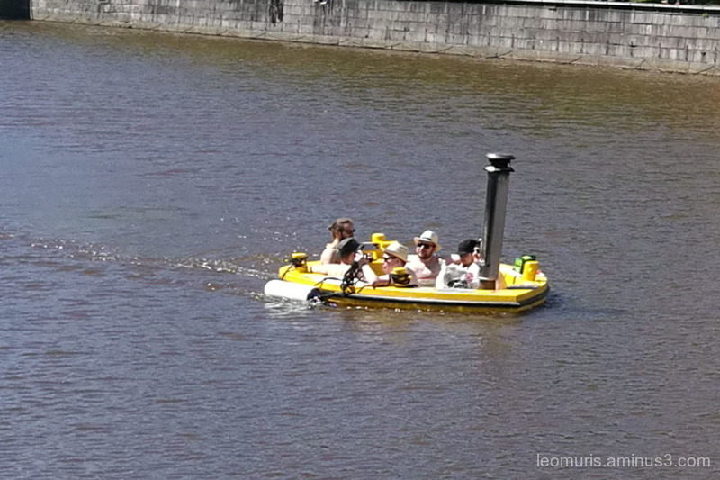 bath boat
