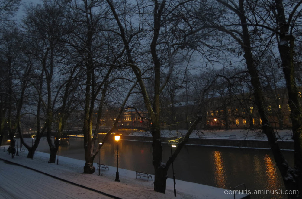 river, lights snow