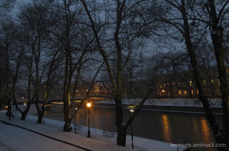 river, lights snow