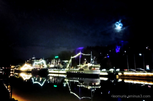 ships and ligths