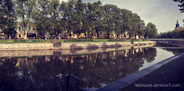 river insunny day