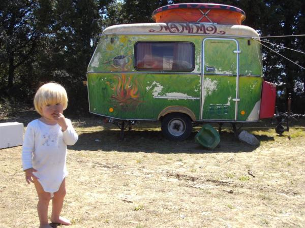blond child with green van circus