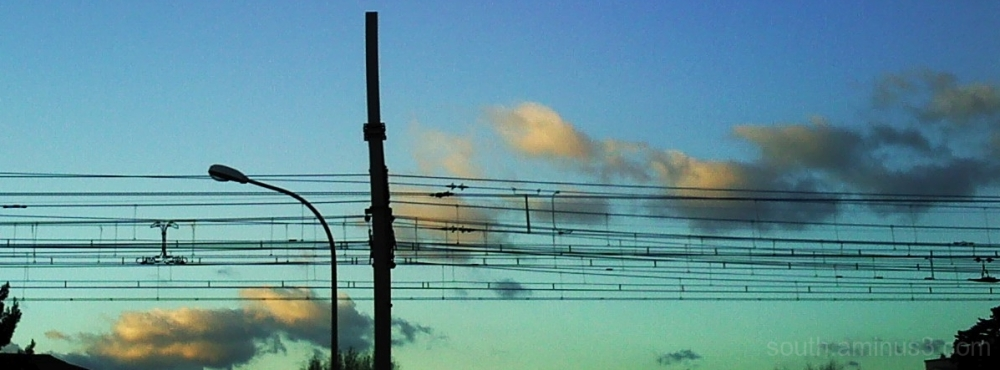 sky ciel nuage cloud train ville narbonne france