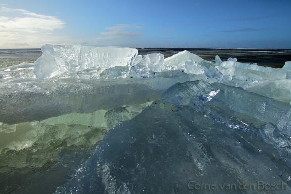 Colours in ice - Kleuren in het ijs