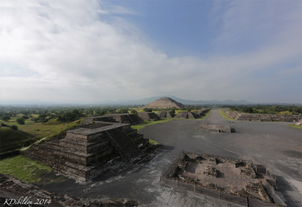 View from the Pyramid of the Moon