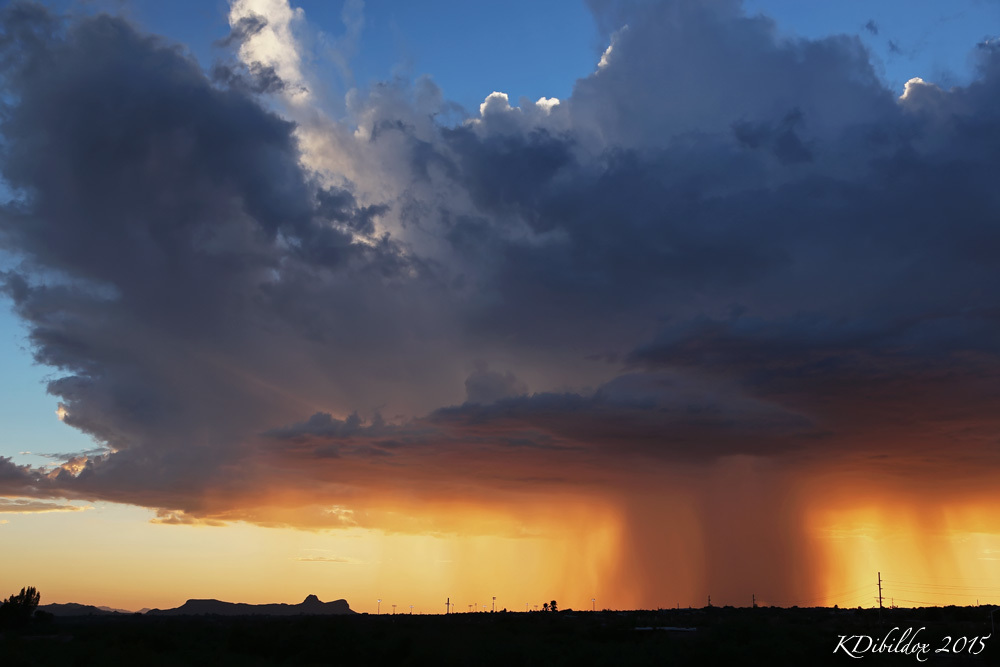 Nice little rain shaft at sunset