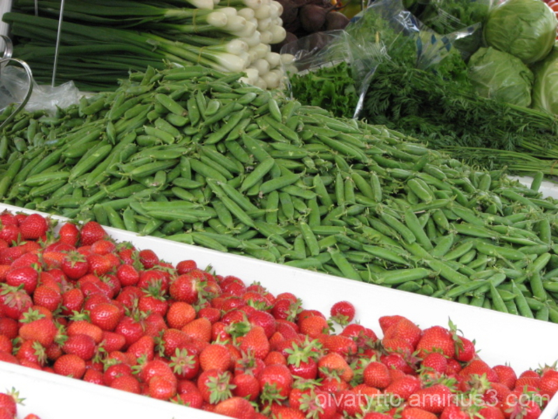 The Finns Strawberries and Peas!
