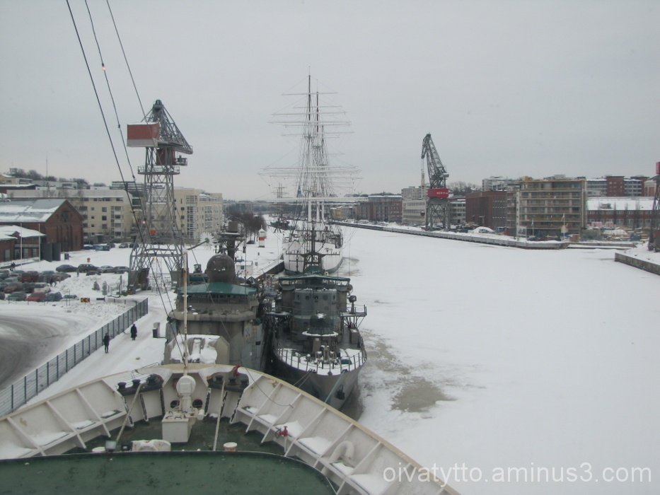 View of  Hotel ship Bore navigating bridge!