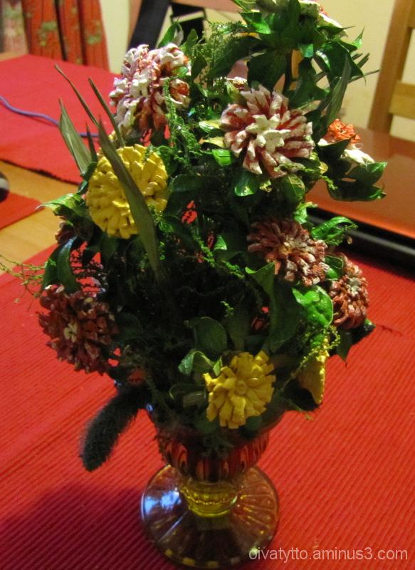 The dried flower arrangement!