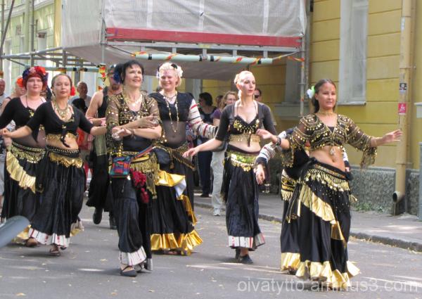 Oriental dance group!