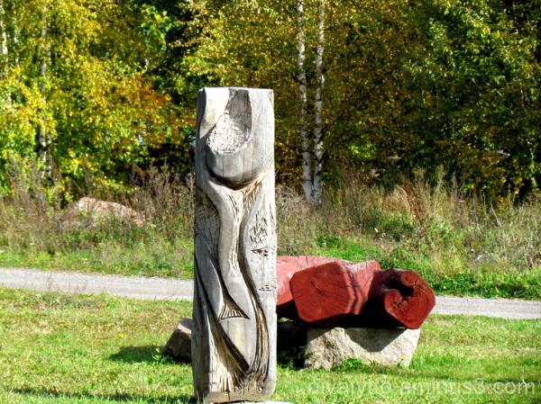 Wooden sculpture!