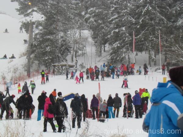 Children downhill skiing!