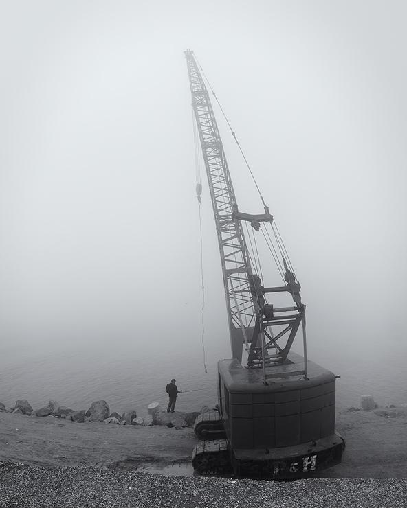anzali gilan fishermen fog