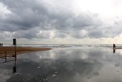 too many raindrops on the sand...